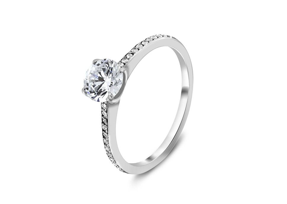 Μονόπετρο διαμαντένιο δαχτυλίδι