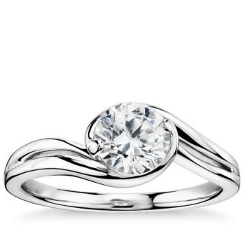 Πρόταση γάμου διαμαντένιο δαχτυλίδι