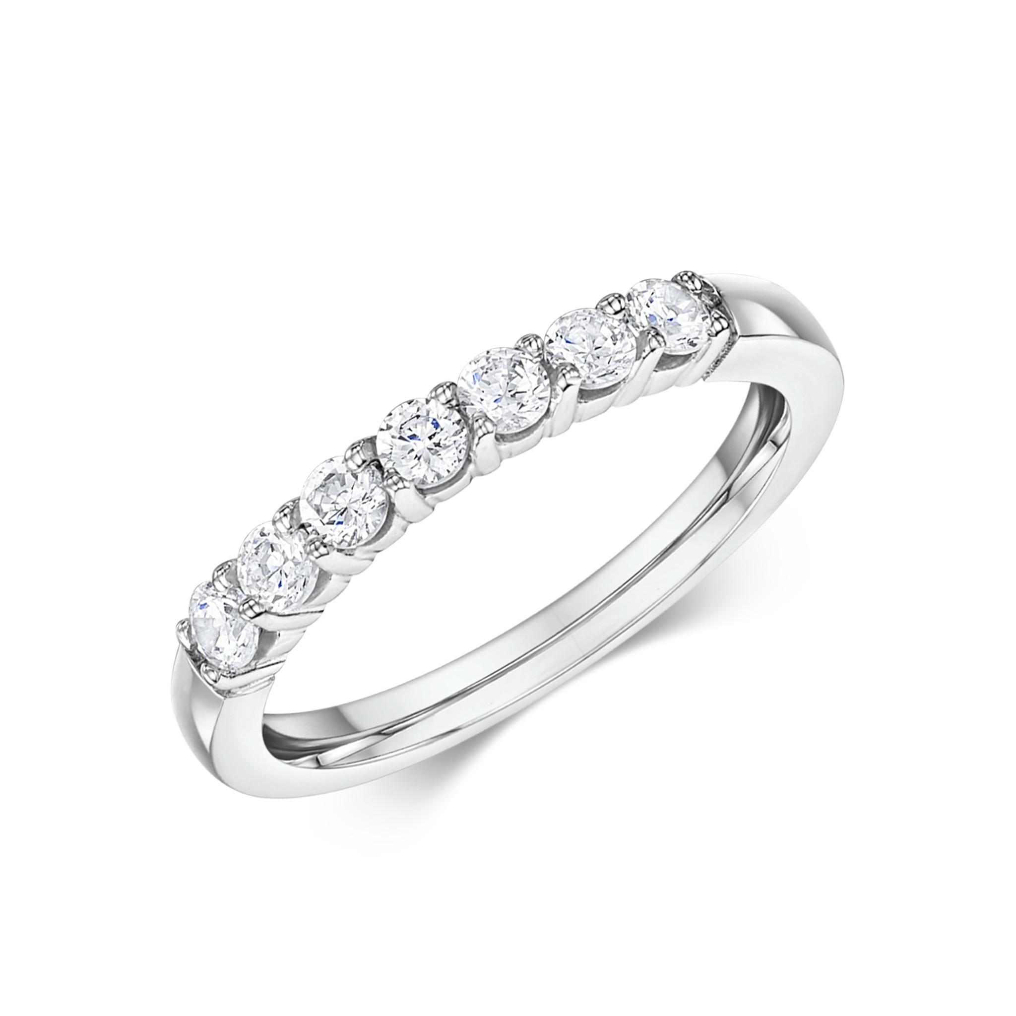 μισοβερο δαχτυλιδι με μπριγιαν e0336bddf1a