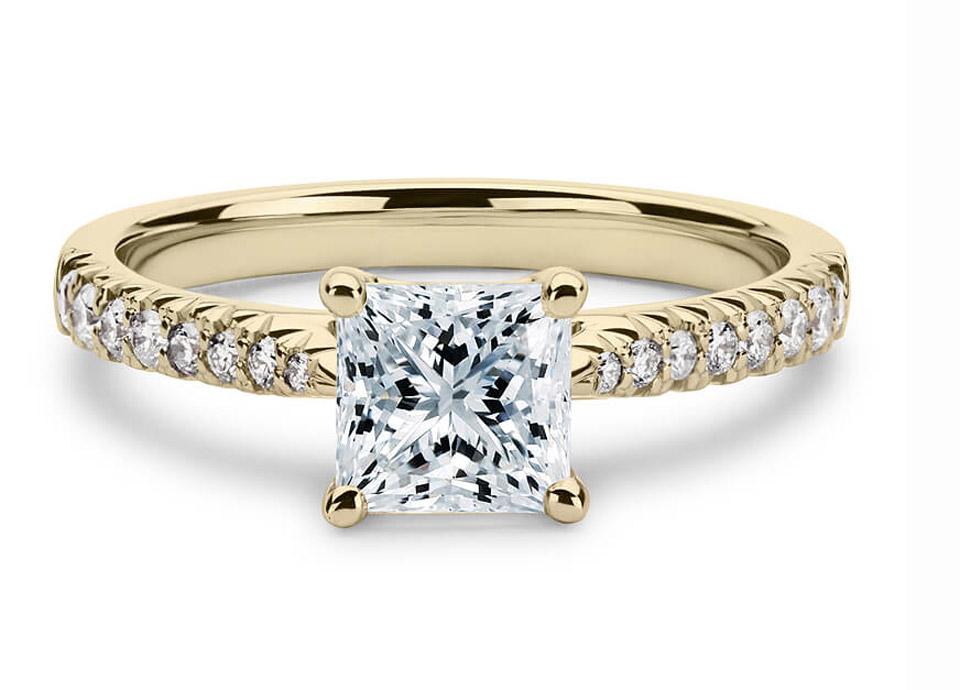 Μονόπετρο δαχτυλίδι μπριγιάν με φινέτσα 486badada06