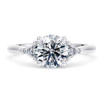 Εντυπωσιακά μονόπετρα δαχτυλίδια με διαμάντια