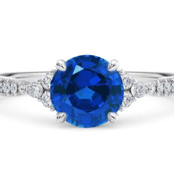 Λευκόχρυσο δαχτυλίδι με διαμάντια και ζαφείρι